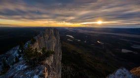 Nascer do sol na borda da montagem Yamnuska Fotos de Stock Royalty Free