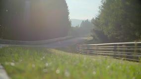 Nascer do sol na estrada vídeos de arquivo