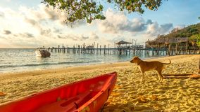 Nascer do sol na ilha de Samed Fotografia de Stock Royalty Free
