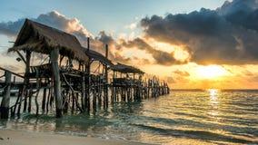 Nascer do sol na ilha de Samed Fotos de Stock