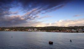 Nascer do sol na ilha de Scarborough - de Tobago - mar das caraíbas Imagens de Stock