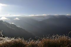 Nascer do sol na montanha Imagens de Stock Royalty Free