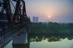 Nascer do sol na ponte longa de Bien Fotos de Stock