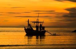 Nascer do sol na praia Fotos de Stock Royalty Free