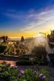 Nascer do sol na rua do Lombard no monte do russo, San Francisco, Califo Foto de Stock Royalty Free
