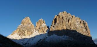 Nascer do sol no grupo da montanha da dolomite em Tirol sul Fotografia de Stock