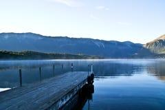 Nascer do sol no lago Rotoiti Imagens de Stock