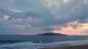 Nascer do sol no mar Nuvens Imagem de Stock Royalty Free