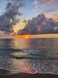 Nascer do sol no paraíso foto de stock