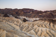 Nascer do sol no ponto de Zabriskie no parque nacional de Vale da Morte, Califórnia, EUA Fotografia de Stock