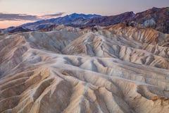 Nascer do sol no ponto de Zabriskie no parque nacional de Vale da Morte, Califórnia, EUA Fotografia de Stock Royalty Free
