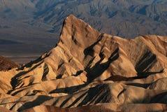Nascer do sol no ponto de Zabriskie, o Vale da Morte Fotografia de Stock