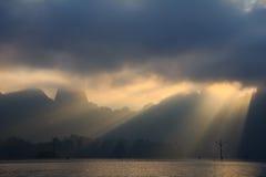 Nascer do sol no sok do khao Imagens de Stock