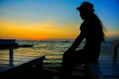 Nascer do sol no @Thailand de Koh Larn Foto de Stock