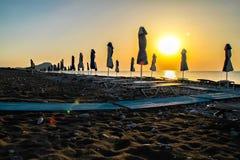 Nascer do sol sob o guarda-chuva Imagem de Stock