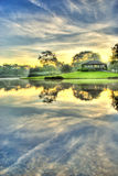 Nascer do sol sobre o lago imóvel Imagens de Stock