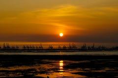 Nascer do sol sobre o mar Imagem de Stock