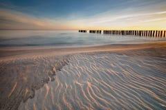 Nascer do sol sobre o mar Báltico Fotografia de Stock