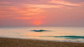 Nascer do sol sobre o mar das caraíbas Fotografia de Stock