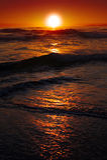 Nascer do sol sobre o oceano fotos de stock