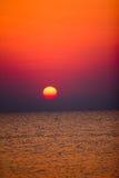 Nascer do sol sobre o oceano Foto de Stock
