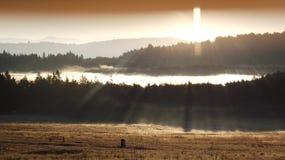 Nascer do sol sobre Transilvania Fotos de Stock Royalty Free