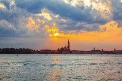 Nascer do sol sobre Veneza foto de stock