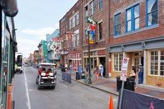 NASHVILLE, TN, DE V.S. - 14 APRIL, 2017: Nashville ` s historische Broadw royalty-vrije stock afbeelding