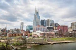 Nashville van de binnenstad van de Brug van Cumberland stock fotografie