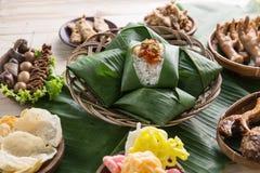 Nasi angkringan ή nasi ινδονησιακός παραδοσιακός Στοκ Φωτογραφία