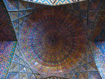 Nasir ol Molk清真寺马赛克天花板在设拉子伊朗 库存照片