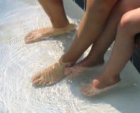 Nasse Füße Stockfoto