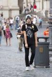 Nastolatka czerni styl z czub Zdjęcia Stock