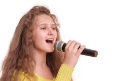 Nastoletni dziewczyna śpiew Fotografia Stock
