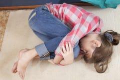 Nastoletni dziewczyny frustraci płacz zdjęcia royalty free