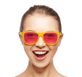 nastoletni szczęśliwi dziewczyna cienie Fotografia Stock