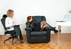 Nastoletnia dziewczyna na terapii obraz stock