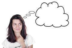 Nastoletnia dziewczyna patrzeje myśl bąbel obraz stock