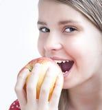 Nastoletnia Dziewczyna z Apple Zdjęcie Stock