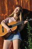 nastoletnia dziewczyny gitara Obraz Stock