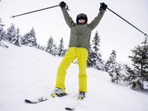 Nastoletniego chłopaka narciarstwo Obrazy Royalty Free