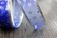 Nastro blu della decorazione di Natale Fotografia Stock Libera da Diritti