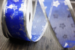 Nastro blu della decorazione di Natale Immagini Stock Libere da Diritti
