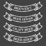 Nastro dell'emblema del mercato del negozio della fabbrica di birra della birra del mestiere Annata medievale monocromatica dell' Immagini Stock