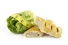 nastro della salsiccia dell'insalata del rullo di misura del lettace Immagine Stock
