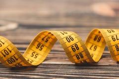 Nastro di misurazione curvo Fotografia Stock