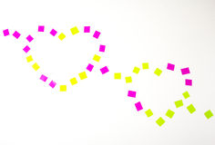 Nastro a forma di cuore isolato su fondo bianco Fotografie Stock Libere da Diritti