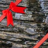 Nastro rosso con l'arco d'angolo Immagini Stock Libere da Diritti