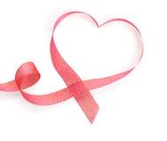 Nastro rosso a forma di del cuore di San Valentino Immagini Stock Libere da Diritti