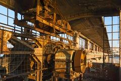 Nastro trasportatore in una funzione di porto abbandonata fotografia stock
